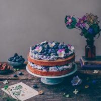 Blueberry Naked Cake