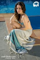 Honeycomb Grey/Turquoise Tunisian lines fouta by Cool-Fouta, Photo: Miguel Álvarez, Model: María López, Make up & set design: Inusual Art Studio, Hairstyle: Fran de la Hoz Blanco