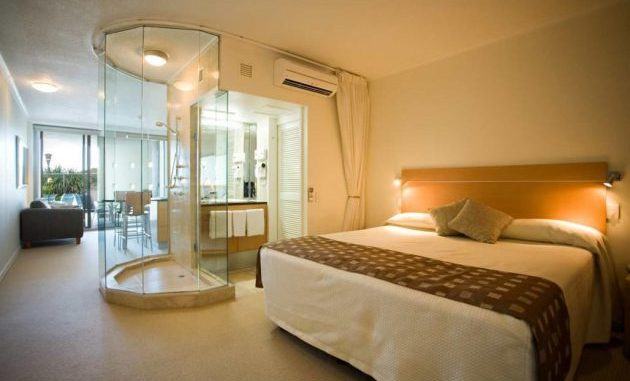 Outstanding And Fully Functional Bedroom And Bathroom Designs Cool House Concepts