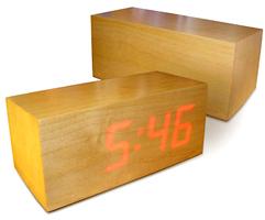 wood_clock.jpg