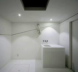 paco-cube-bathroom.jpg