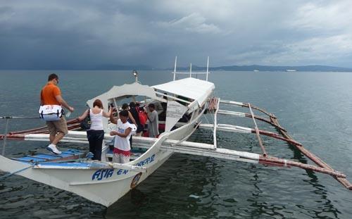 reefcheckboat.jpg