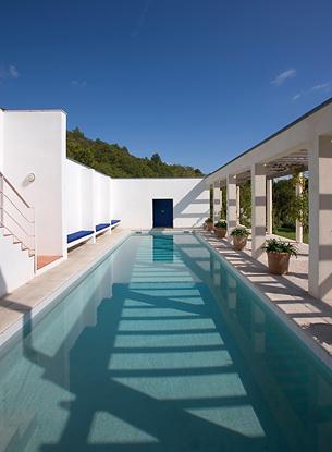 modernhouse2.jpg