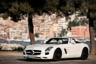 Mercedes_SLS_AMG5.jpg