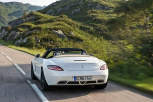 Mercedes_SLS_AMG6.jpg