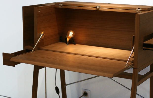 Ligne-Bond-desk.jpg