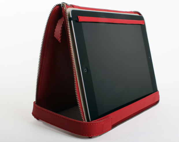 Lacambra-iPad-up.jpg