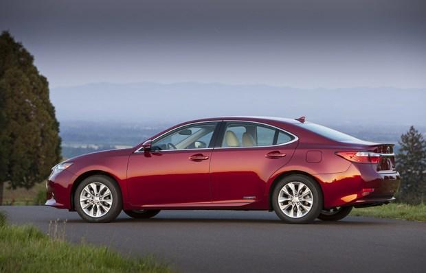 Lexus-ES300H-8.jpg
