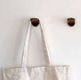 Made-Collection-hanger-1.jpg