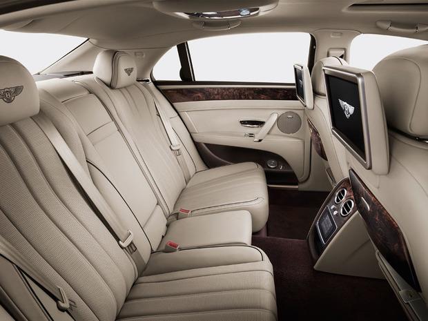 Bentley-flying-spur-rear-cabin-2014-4.jpg