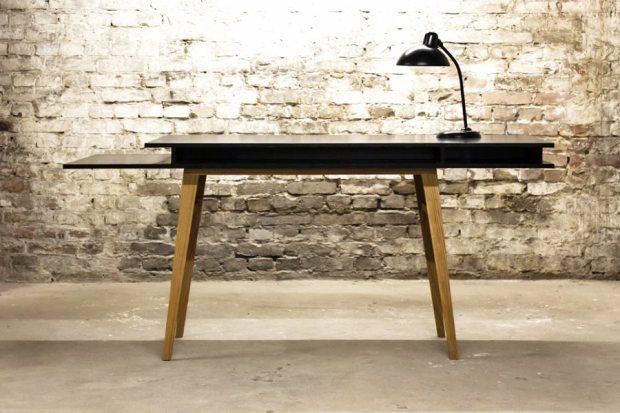 sigurd_larsen_black_desk_1.jpg