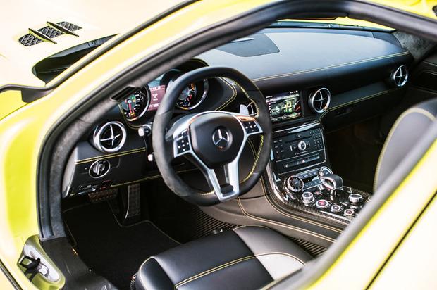Mercedes-SLS-Electric-interior-4.jpg