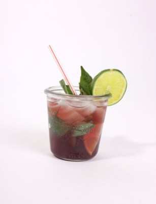 five-non-alcoholic-drinks-for-summer-hibiscus-nojito.jpg