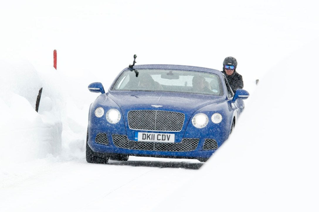 bentley-skijoring-7.jpg