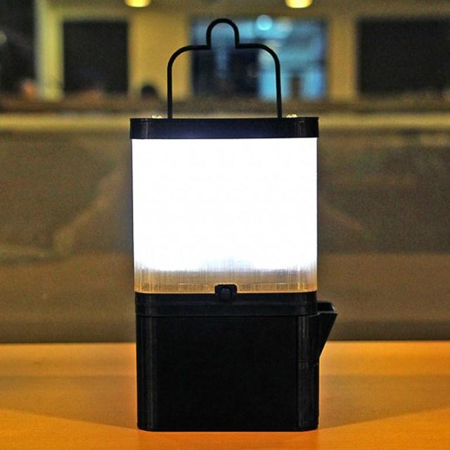 Inventors Create a Salt-Water Powered Lamp