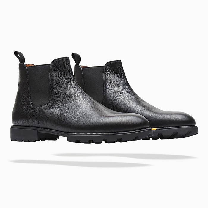 Black Grain Chelsea Boots COOL HUNTING