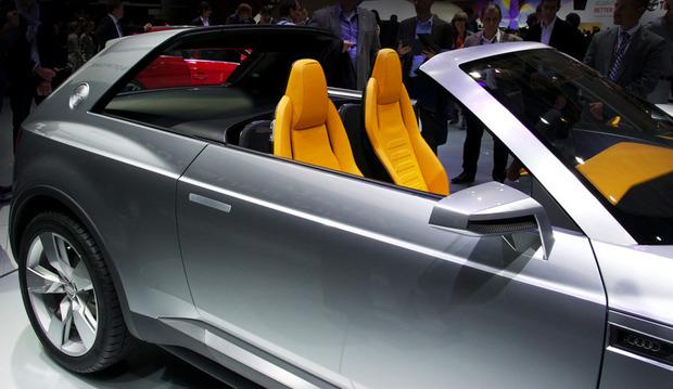 Paris-Auto-Concept-audicrosslane.jpg