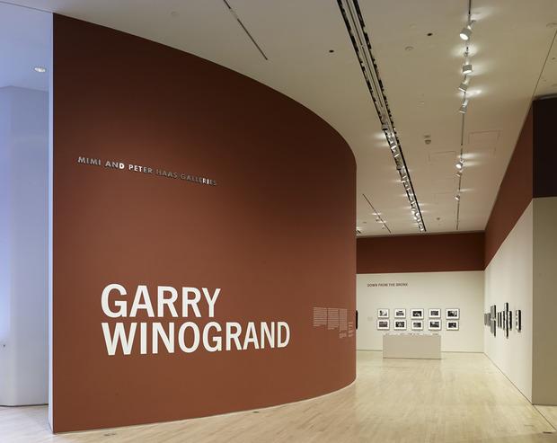 Garry-Winogrand-SFMOMA-1.jpg