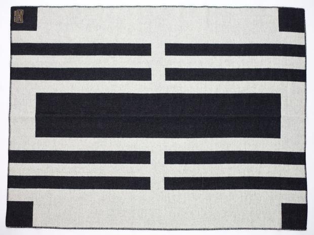 indigofera-black-white-blanket.jpg