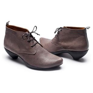 Tracey-Neuls-tokyobike-cycle-shoes.jpg