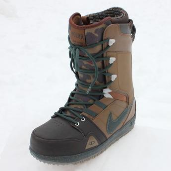 Poler-Nike-Snowboard-boot-1.jpg