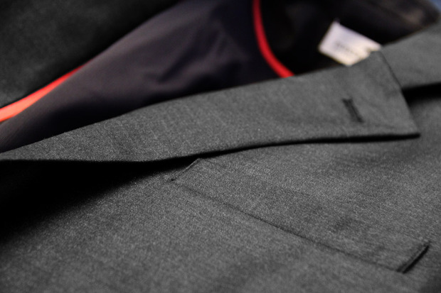 commuter-suit-close-up-fabric.jpg