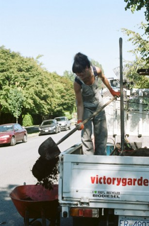 victory-gardens-2A.jpg