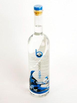 Vodka-BlueWater-1.jpg