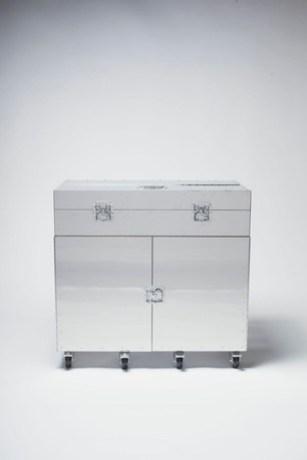 Naihan-desk-1.jpg