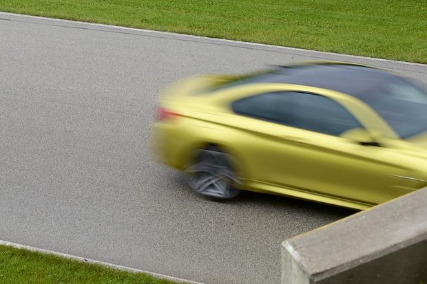 2015-BMW-M4-Track.jpg