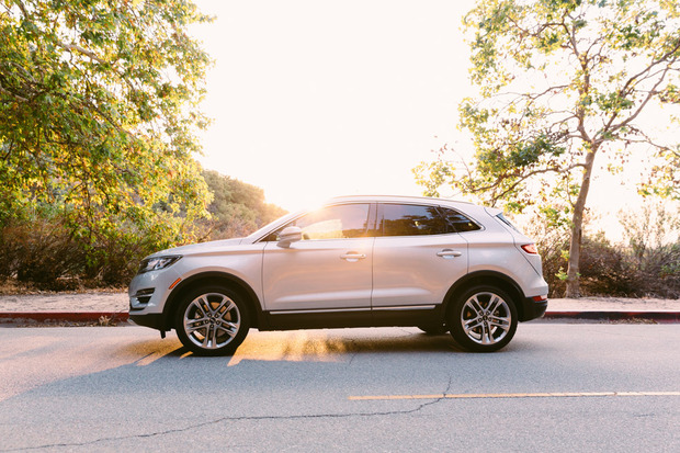 Lincoln-MKC-sideview.jpg
