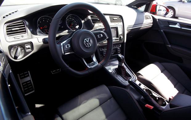 TestDrive-2015-VW-GTI-05.jpg
