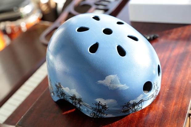 belle-helmets-sky.jpg