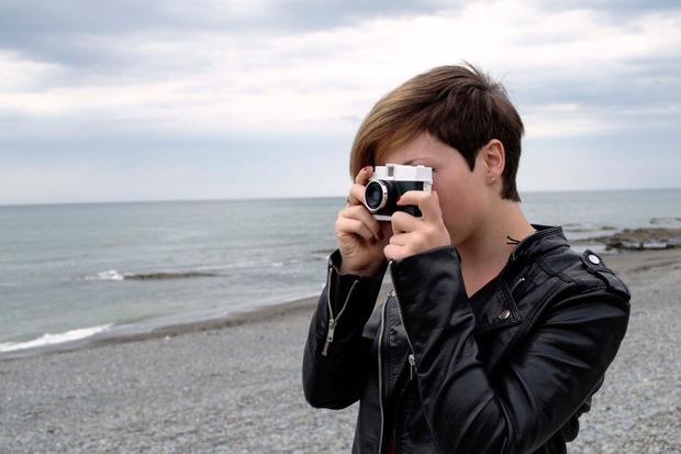 charged-digital-cameras-cyclops-plastic-diana-4.jpg