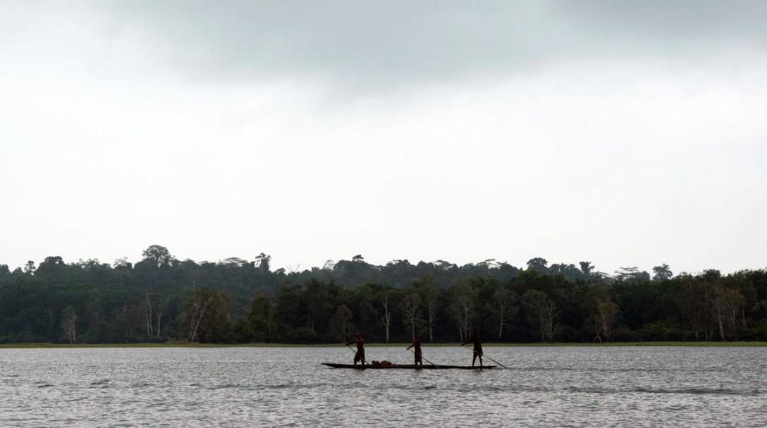 LakeMurrayLodge-PNG-canoe.jpg
