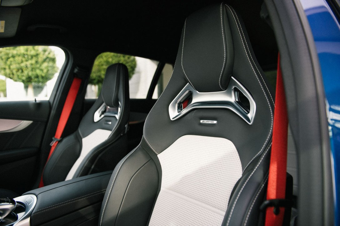 AMG-C63-S-seats.jpg