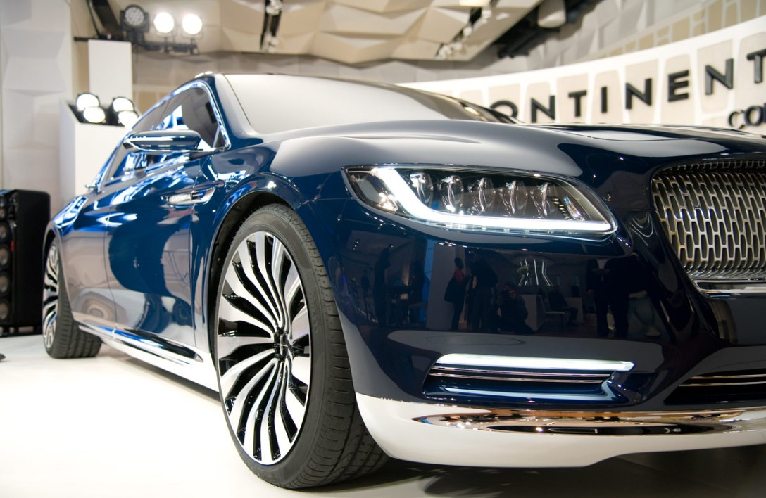 lincoln-continental-concept-2.jpg