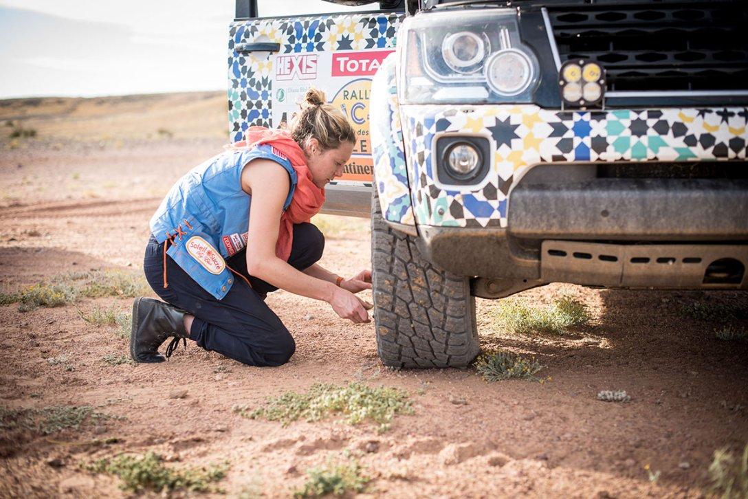 2015-rallye-aicha-des-gazelles-du-maroc-2.jpg
