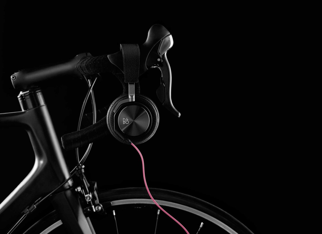 Rapha + Bang & Olufsen: BeoPlay H6