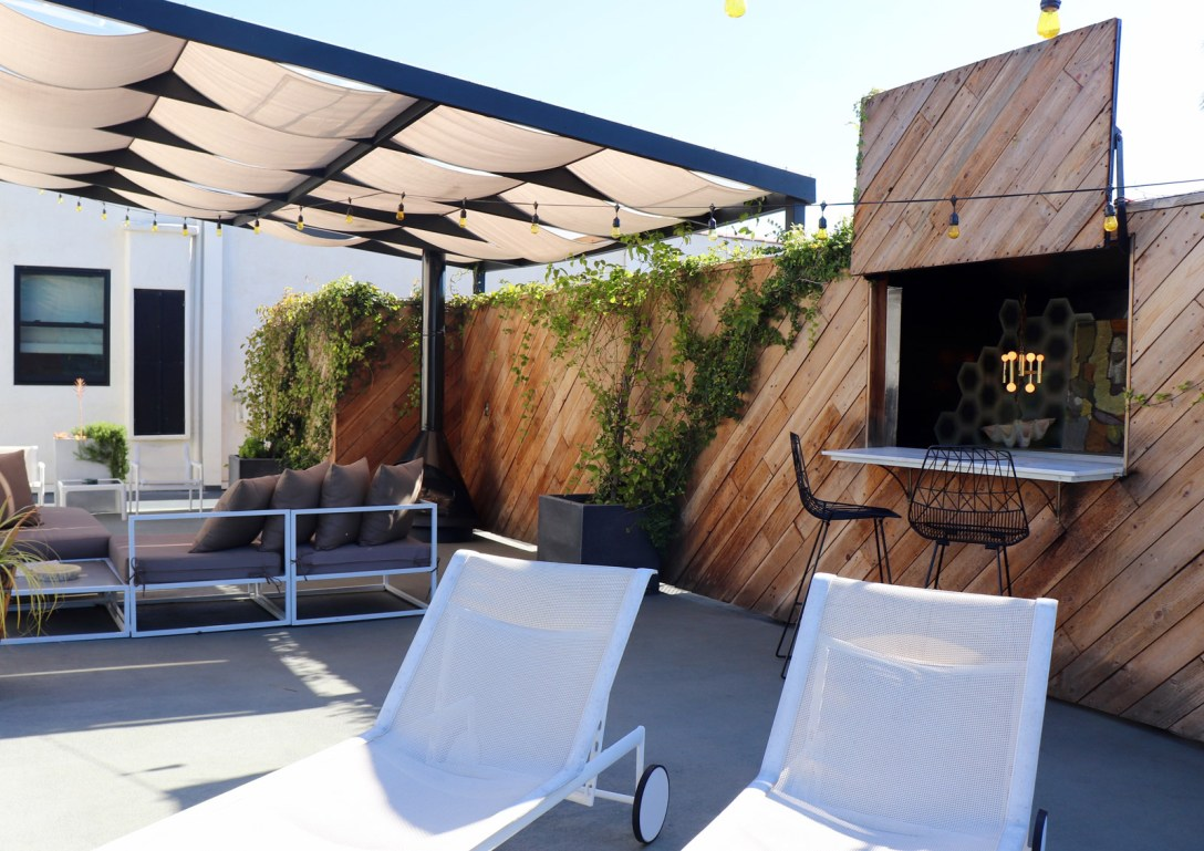 Boutique Accommodations at Hotel Covell, Los Angeles