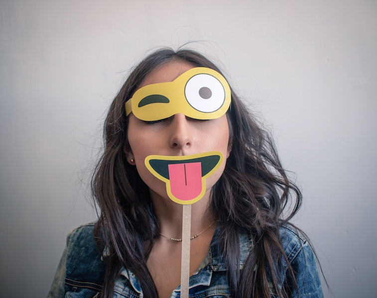 Deze emoji's stuur je beter niet naar je kind…
