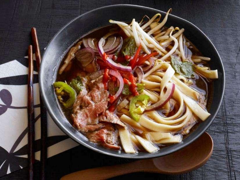 Easy Beef Pho Recipe - Coolícias