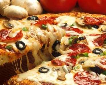 Pizza deliciosa Portuguesa muito Fácil
