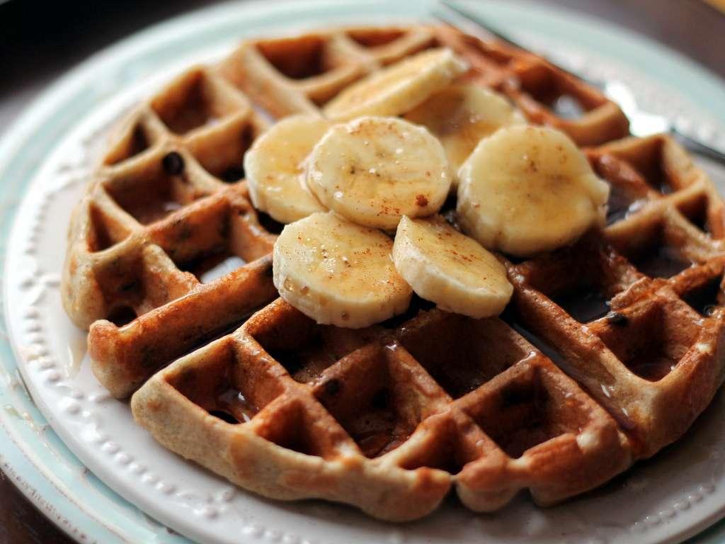 Receita de Waffle de banana com canela