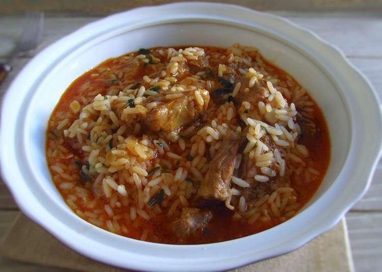 Receita de Almoço de Entrecosto guisado com arroz