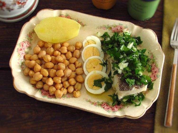Receita de Bacalhau cozido com batata e couve para Almoço Rápido