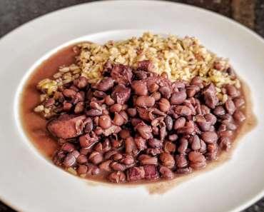 Receita de Feijão Preto Com Linguiça e Bacon