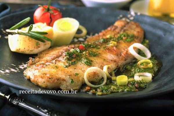 Receita de Filé de peixe Frito com chimichurri