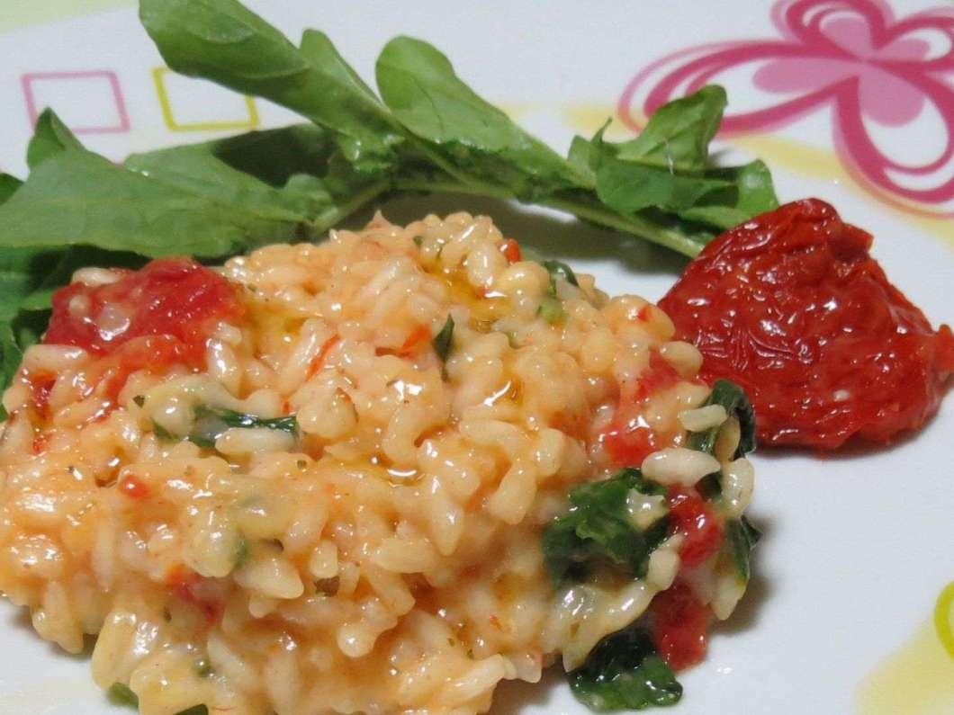 Receita de Risoto de tomate seco e rúcula