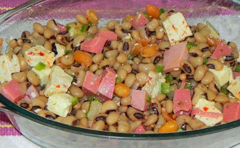 Receita de Salada de feijão fradinho com bacalhau fácil